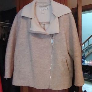 EUC H&M Asymetric Zip size 14 Jacket Blush/Cream